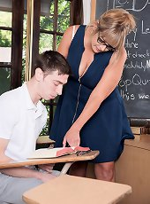 Mature milf in stockings on heels posing for you