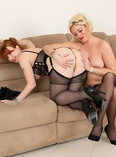 These blonde and red MILFS love to eat pussy